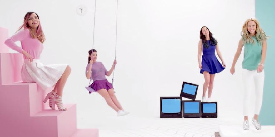 Vivelle Dop fait les youtubeuses belles et pop