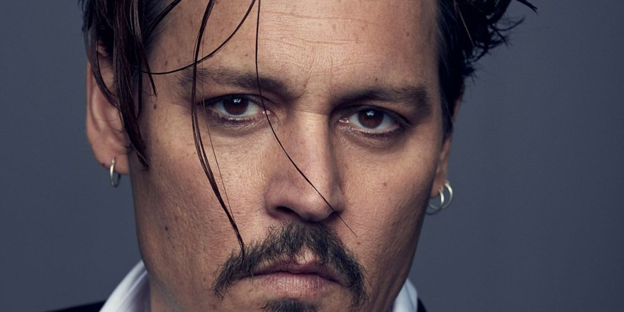 Johnny Depp aux mains de Dior