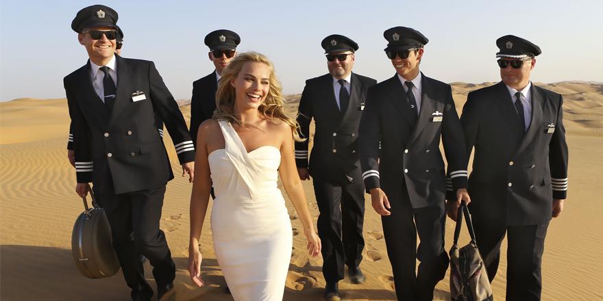 Margot Robbie fait son baptême d'égérie pour British Airways