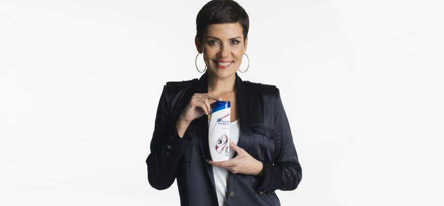Cristina-Cordula-Head-shoulders-3