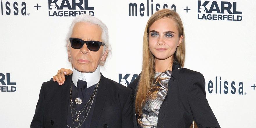 Karl a dit : pose pour Chanel