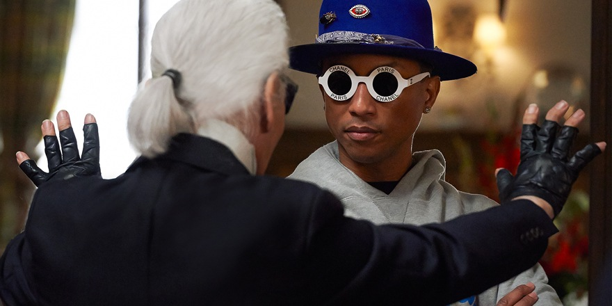 Pharrell Williams pris la main dans le sac (Chanel)